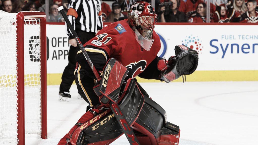Los Flames buscan reforzar la portería con miras a los playoffs