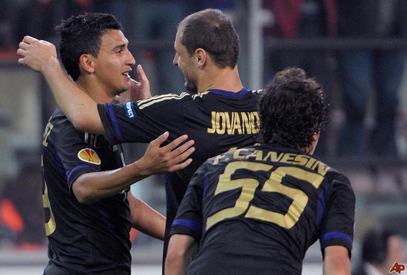 Jovanovic desaconseja a Matías Suárez la opción del Liverpool