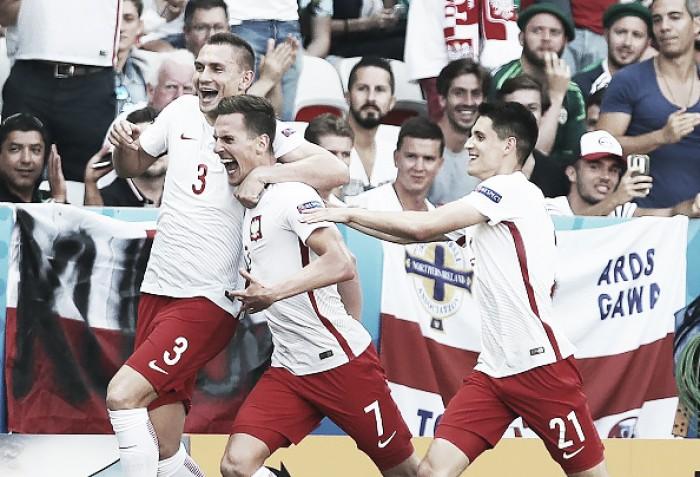 Polônia domina e vence Irlanda do Norte na estreia da Eurocopa 2016