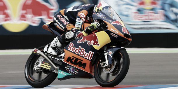 Jack Miller continúa líder del Mundial de Moto3