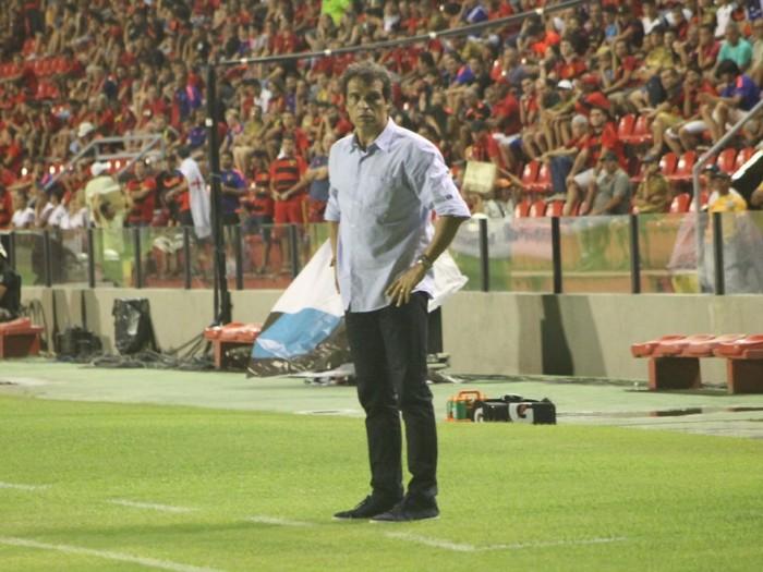 Milton Cruz elogia empate contra Sport e exalta evolução do Náutico