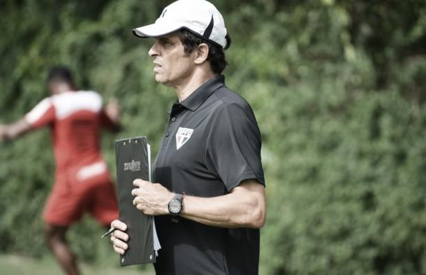 Técnico interino do São Paulo, Milton Cruz carrega bons números em clássicos na temporada