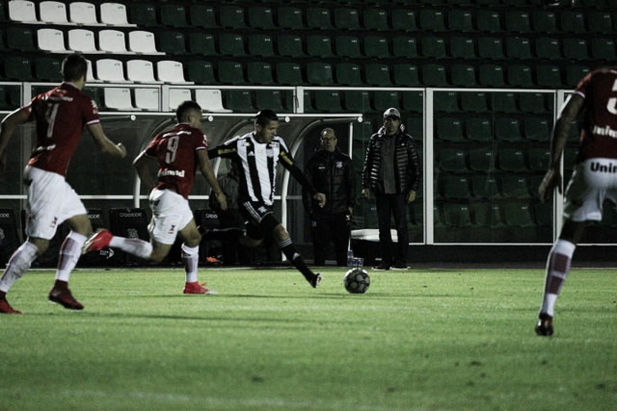 """Milton Cruz elogia elenco do Figueirense após vitória: """"Mais qualidade que muitos adversários"""""""