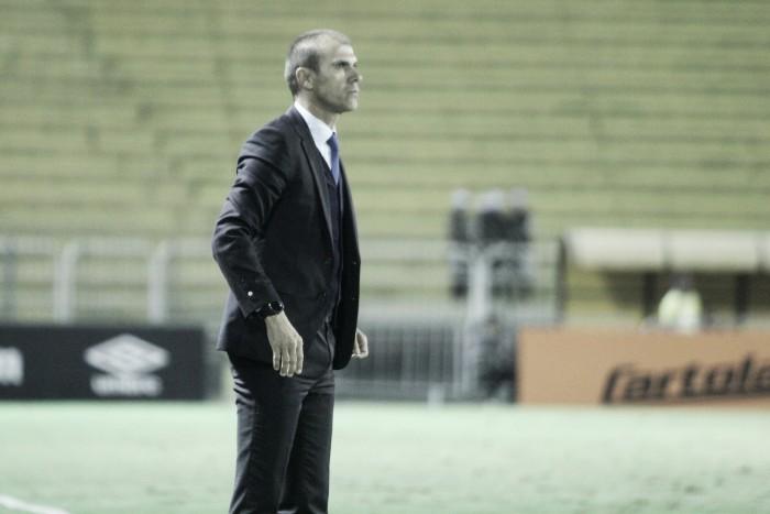 Milton Mendes lamenta derrota e avalia que faltou calma ao Vasco