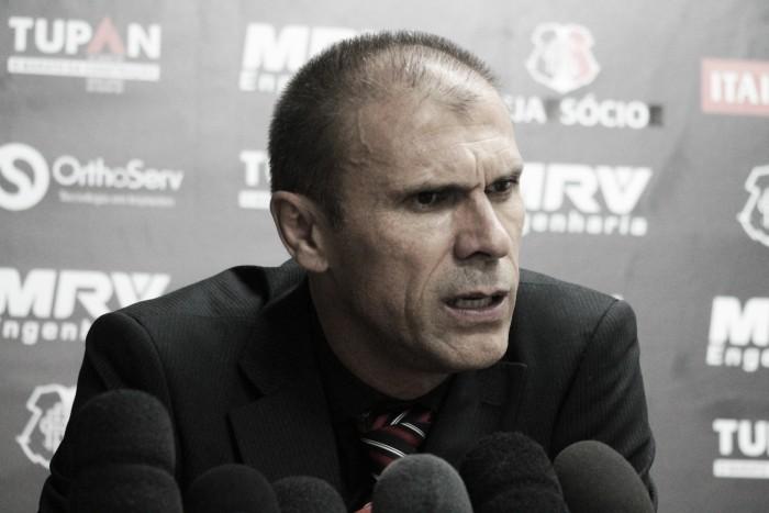 """Milton Mendes reconhece falhas do Santa Cruz: """"Precisamos melhorar em alguns pontos"""""""