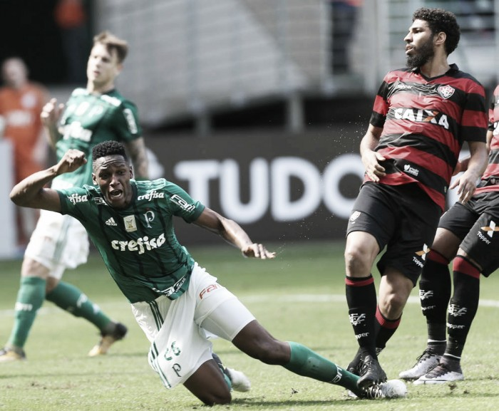 Palmeiras sai atrás, mas vira diante do Vitória e consegue triunfo após três derrotas seguidas