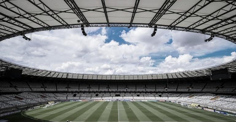 Campeões estaduais, Atlético-MG e São Paulo jogam para subir na tabela do Brasileirão