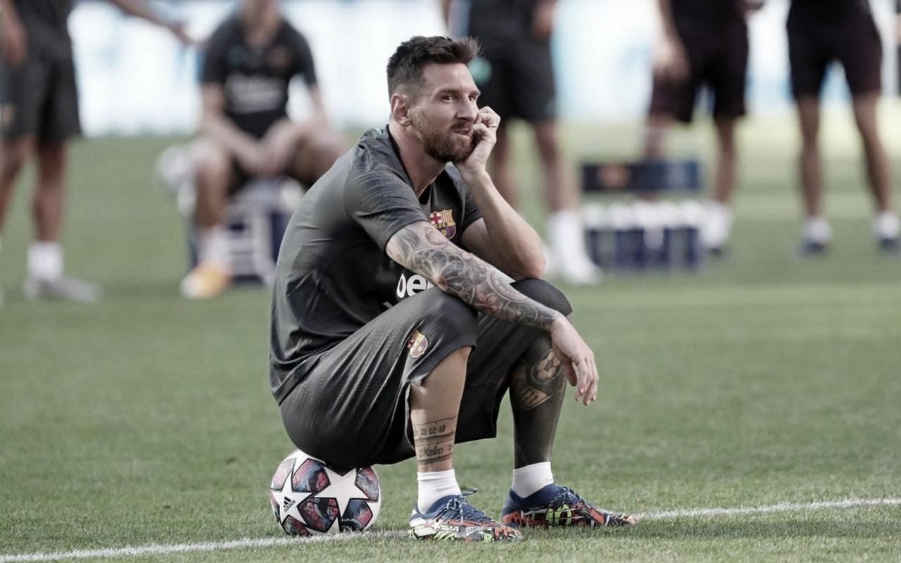 Após sinalizar saída, Messi volta atrás e garantepermanênciano Barcelona