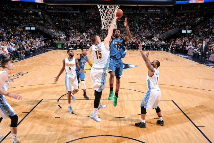 NBA - I Timberwolves espugnano Denver, Thunder ok con New York