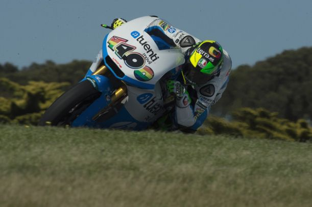 Espargaró in pole a Phillip Island