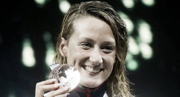Mireia Belmonte, bronce a la heroica