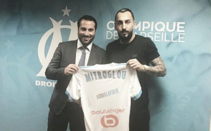 Olympique de Marseille oficializa chegada do atacante grego Mitroglou, ex-Benfica