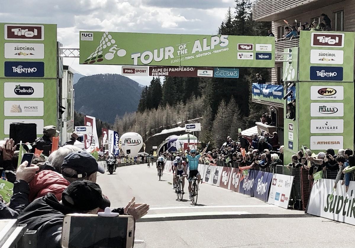 Tour of The Alps, Lopez vince sull'Alpe di Pampeago. Sosa nuovo leader