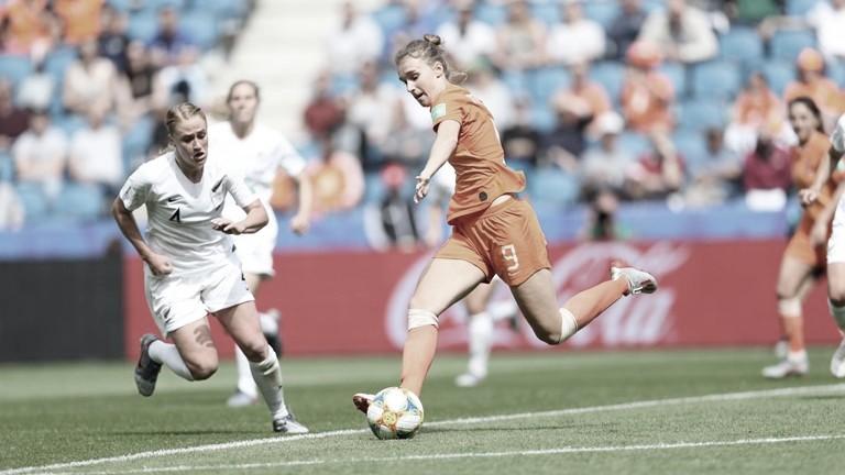 Com gol nos acréscimos, Holanda bate Nova Zelândia na Copa do Mundo Feminina
