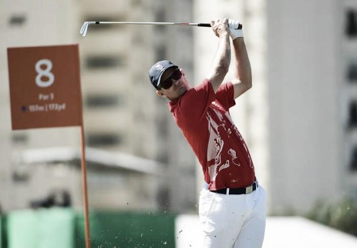 Golfe: Adilson da Silva fica longe de medalha e britânico Justin Rose assume liderança