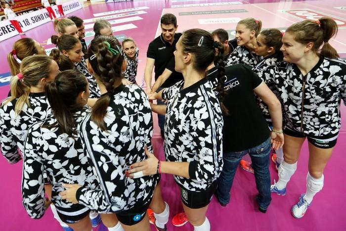 Volley, A1 femminile - La settima giornata: Novara ritorna alla vittoria, UYBA spietata