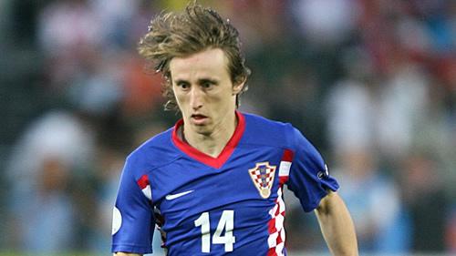 Modric firma hoy, según Sky Sports