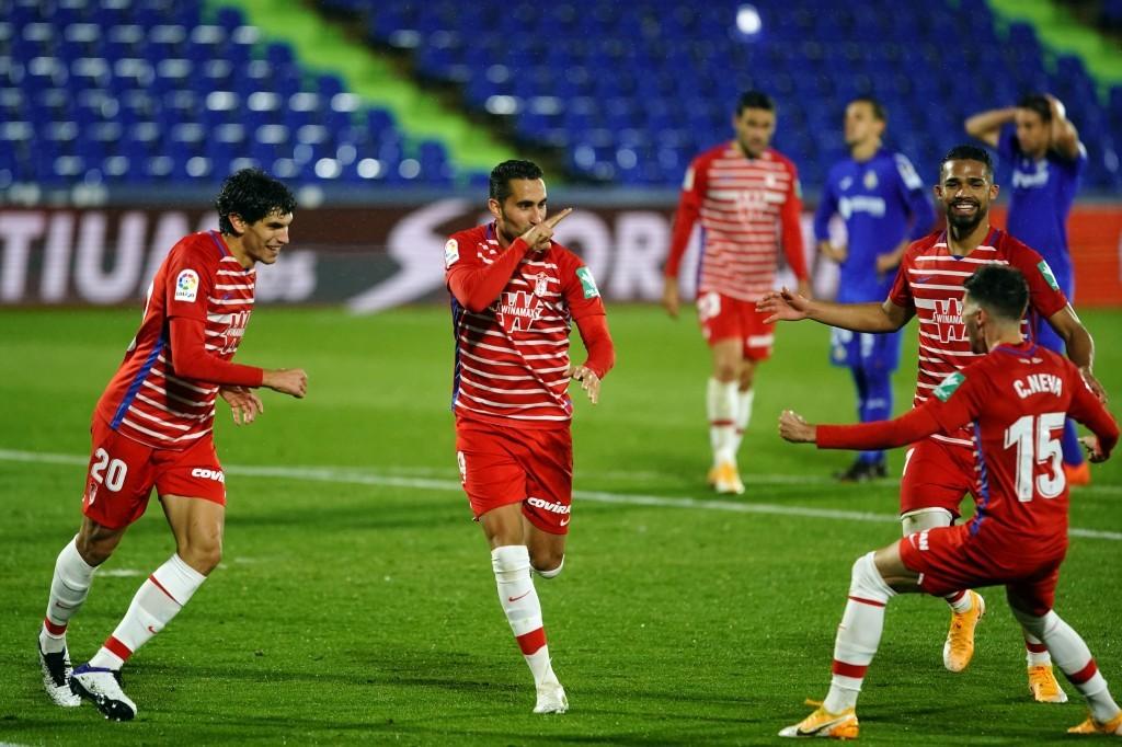 El gol de Montoro de penalti en Getafe hace que el Granada bata otro récord más. FOTO: Granada CF / Pepe Villoslada