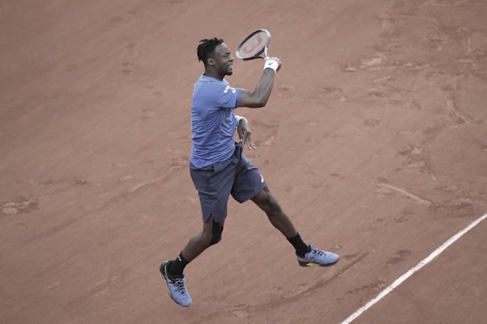 Monfils garante favoritismo contra Hoang e vai às oitavas de Roland Garros