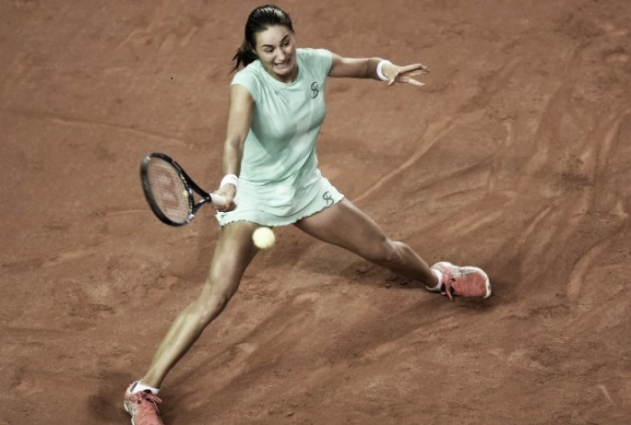 WTA Stuttgart: Monica Niculescu breezes past Caroline Garcia to reach second round
