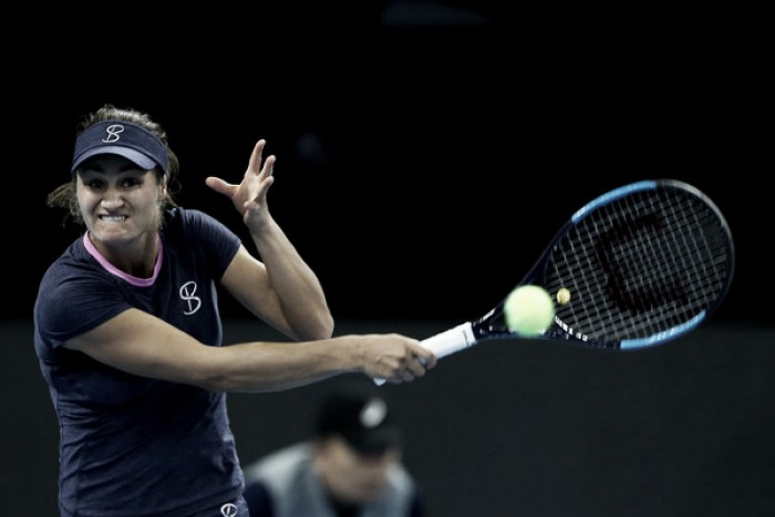 Niculescu remonta ante Sharapova en un apasionante encuentro