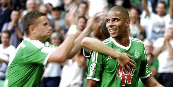 Dos puñales por banda suman tres puntos para el Saint-Étienne