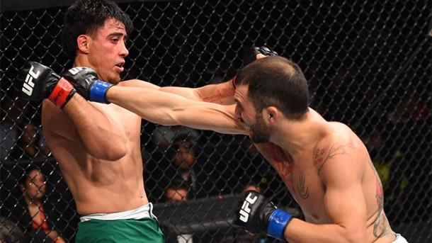 Enrique 'Wasabi' Marín debuta en UFC con derrota por decisión dividida