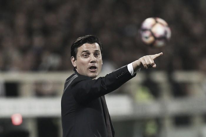 Com elenco modificado, Milan enfrenta Palermo para se manter próximo aos líderes