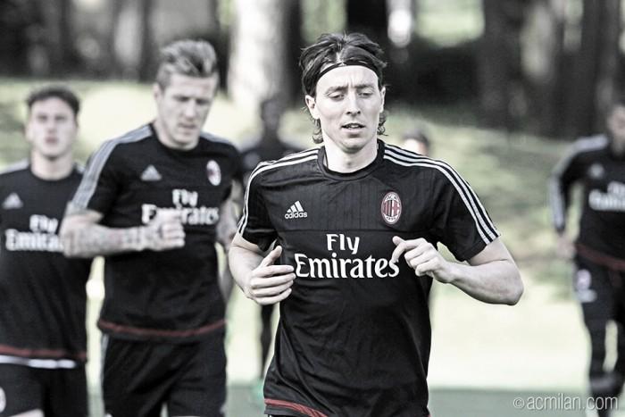 Diretor nega que Montolivo possa repetir caminho de Pirlo e se transferir à Juventus
