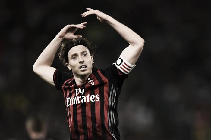 Milan estende contratos de Antonelli, Calabria e Montolivo; lateral Vangioni chega ao clube