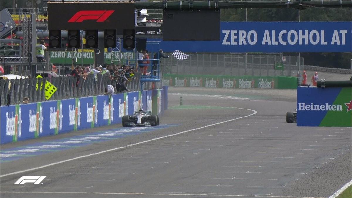 F1 - GP Monza - Trionfa Hamilton, Raikkonen tiene duro ma non basta. Erroraccio di Vettel, solo 4°
