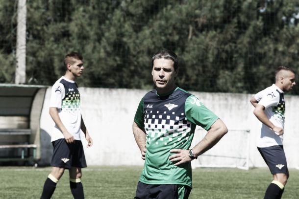 Após sucesso da manutenção, Moreirense renova com Miguel Leal