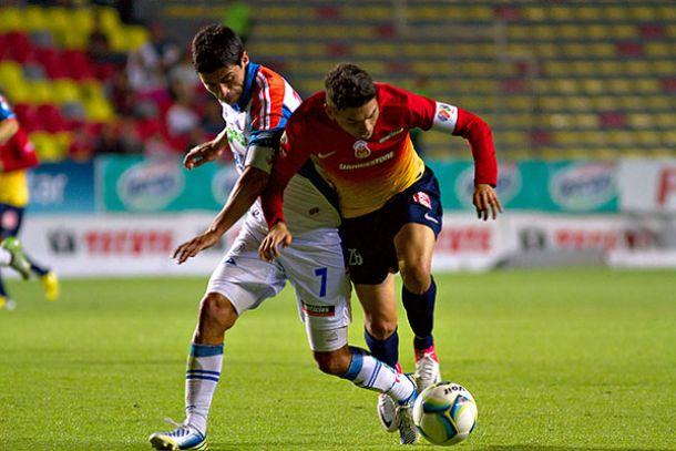 ResultadoGallos de Querétaro - Monarcas Morelia en Liga MX 2014 (2-0)