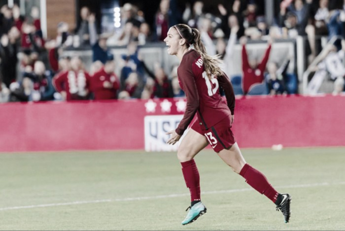 Alex Morgan wins the CONCACAF Female Player of the Year award