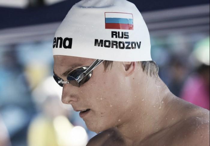 Morózov vuela para batir el récord de 100 estilos en piscina corta