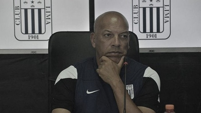 """Roberto Mosquera: """"Tenemos que ganar el clásico por obligación"""""""