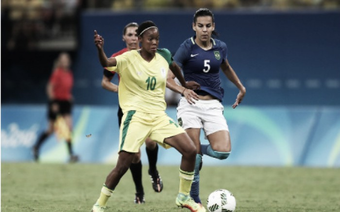 Houston Dash sign South African midfielder Linda Motlhalo
