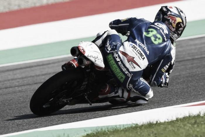 Moto3, ad Assen pole per Bastianini