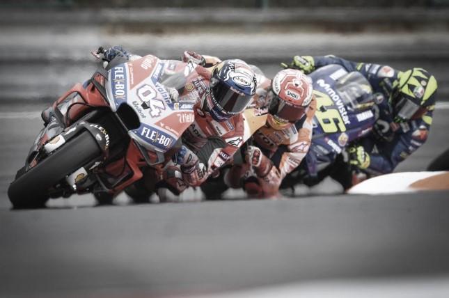 El equipo Honda instala sus carrocerías en el GP checo