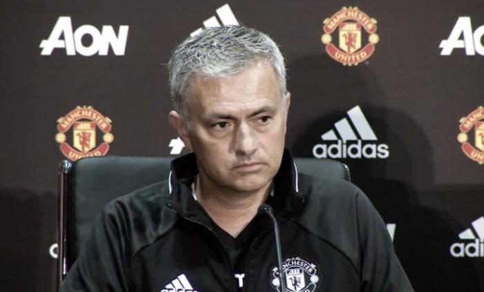 Jose Mourinho will be a massive improvement, says Sir Alex Ferguson