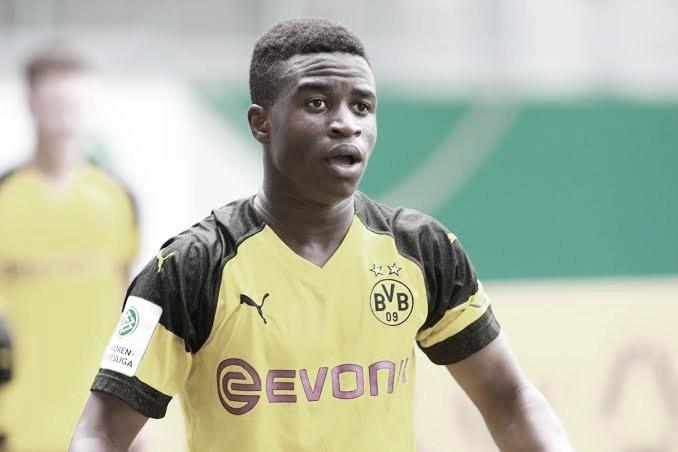 Jovem do BVB, Youssoufa Moukoko é sondado pela Seleção Alemã