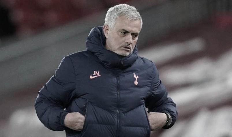 OFICIAL: José Mourinho es destituido del Tottenham