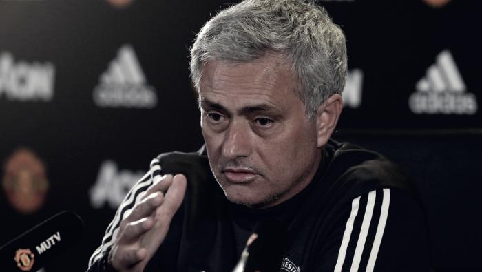 """José Mourinho: """"Lo de Sánchez no está hecho"""""""