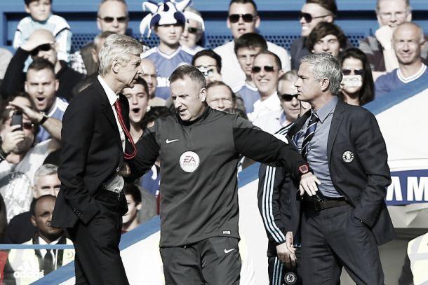 Mourinho empurra Chelsea na liderança e Wenger empurra Mourinho