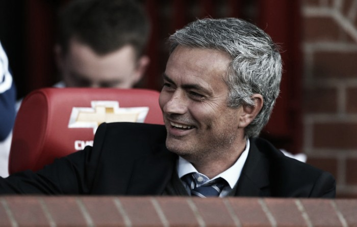 Report: Jose Mourinho rumoured to have signed pre-contract with Manchester United