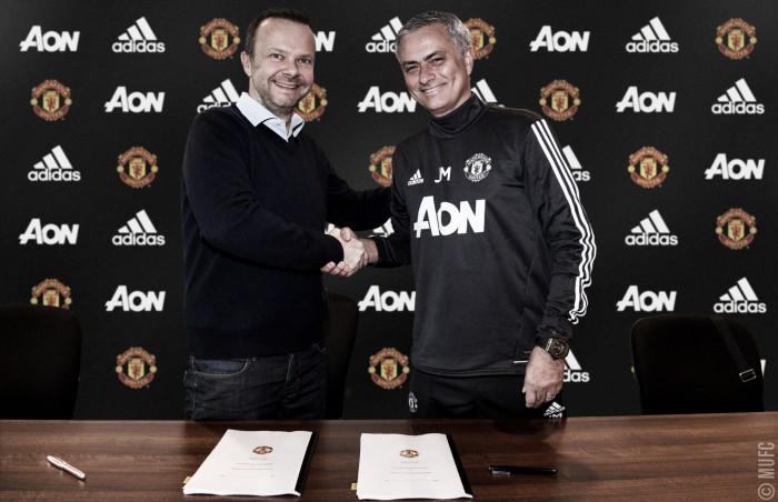 Mourinho renova até 2020