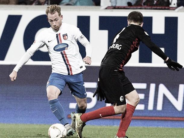 1. FC Heidenheim 1-2 SC Freiburg: Guedé gets last-minute winner for table-toppers