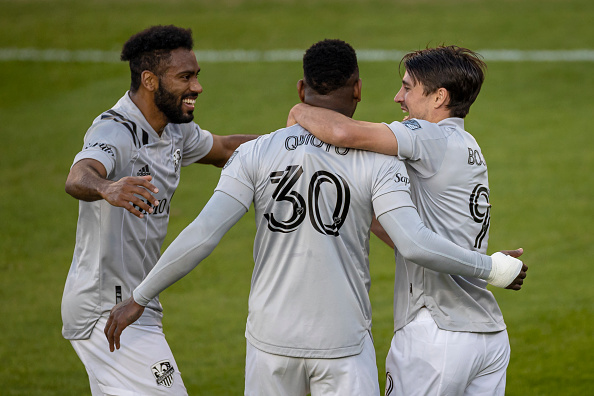 Montreal Impact beat DC United to clinch a playoff spot
