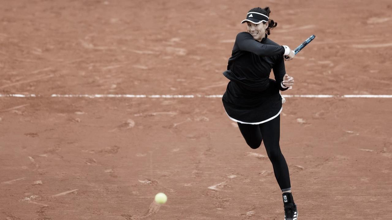 Muguruza sofre, mas vence Zidansek após longo terceiro set em Roland Garros