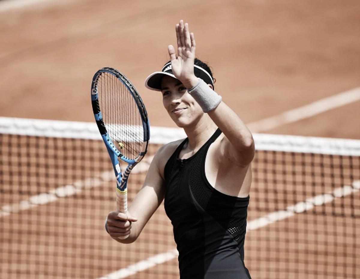 Garbiñe Muguruza se impõe contra Fiona Ferro e segue à terceira rodada em Roland Garros